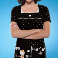 womens-cherokee-hello-kitty-print-top
