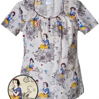 womens-disney-snow-white-print-top